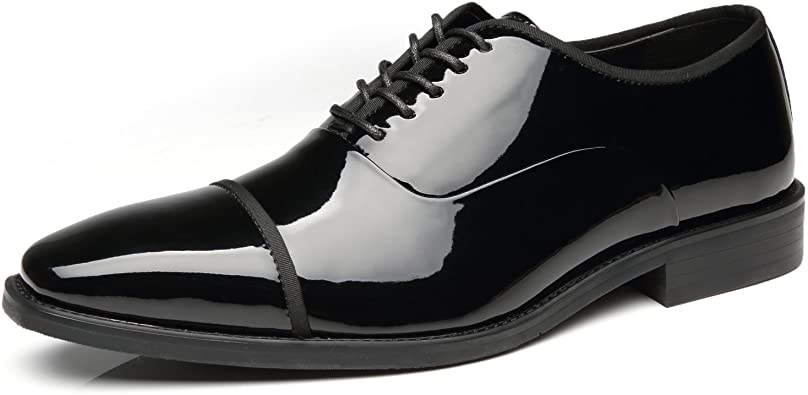 what shoes to wear with tuxedo